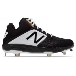 New Balance Fresh Foam M3000v4 - Mid-Cut Metal Spike Cleat